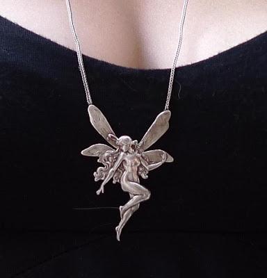 collier pendentif L'elfe 6cm