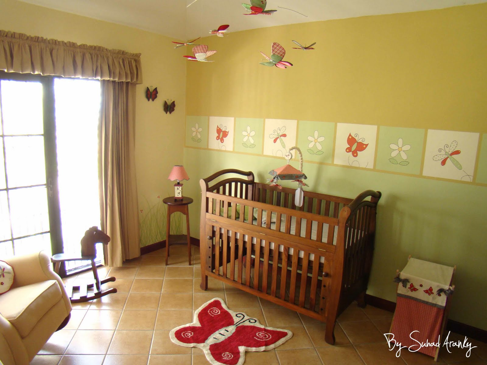 Murales en dormitorios cuarto ni a lib lulas y mariposas for Murales infantiles nina