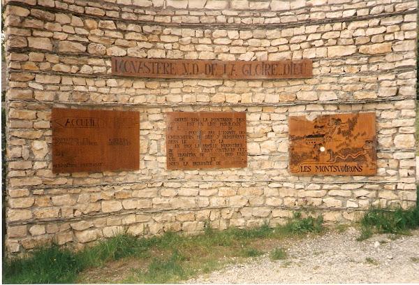 Entrance to Le Monastere N.D. de la Gloire-Dieu