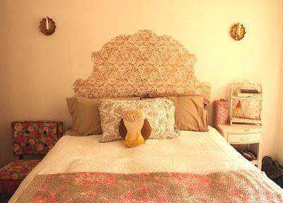 teacup vintage diy trompe l 39 oeil headboard. Black Bedroom Furniture Sets. Home Design Ideas