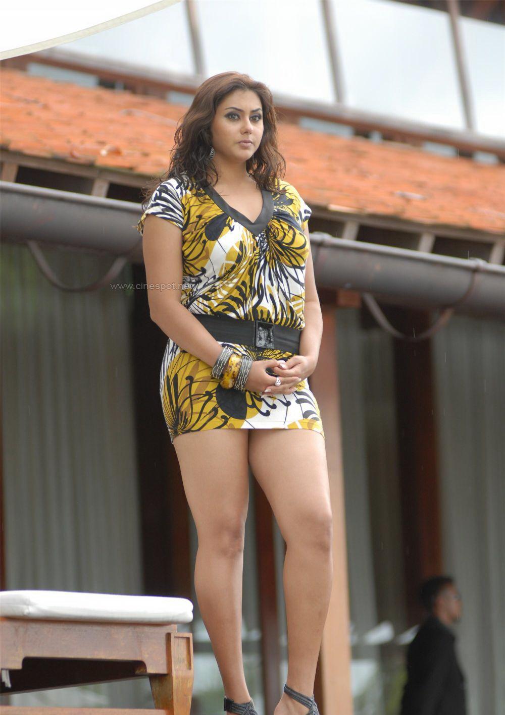 namitha actress and tamil model sexy short dress images