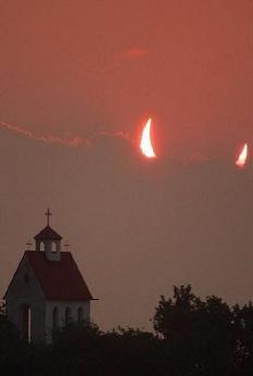 La Iglesia invento al Diablo....