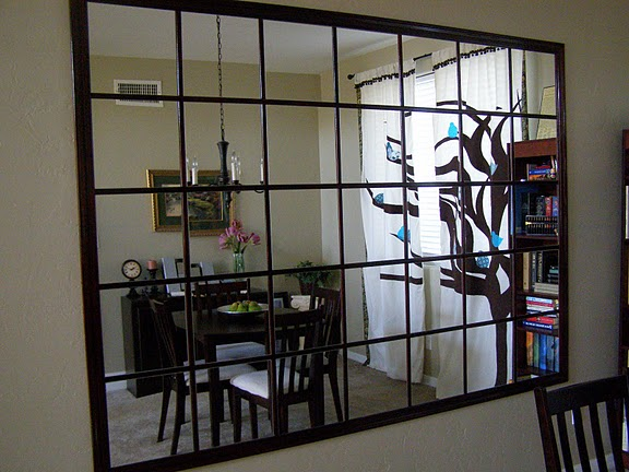 diy mirrored wall