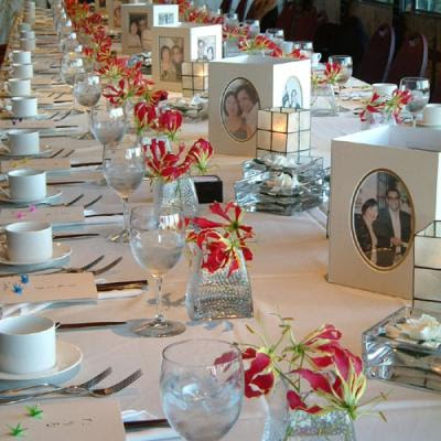beautiful and romantic wedding table decorations with wedding candles