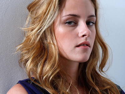 kristen stewart hot pics. Hot Kristen Stewart Wallpapers