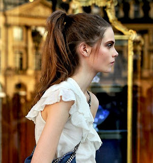 http://2.bp.blogspot.com/_x3hJz_-bB3Q/TD_FTmfOS5I/AAAAAAAAAnU/ntGWTJzNcrE/s1600/fashion+hairstyle+2011.JPG