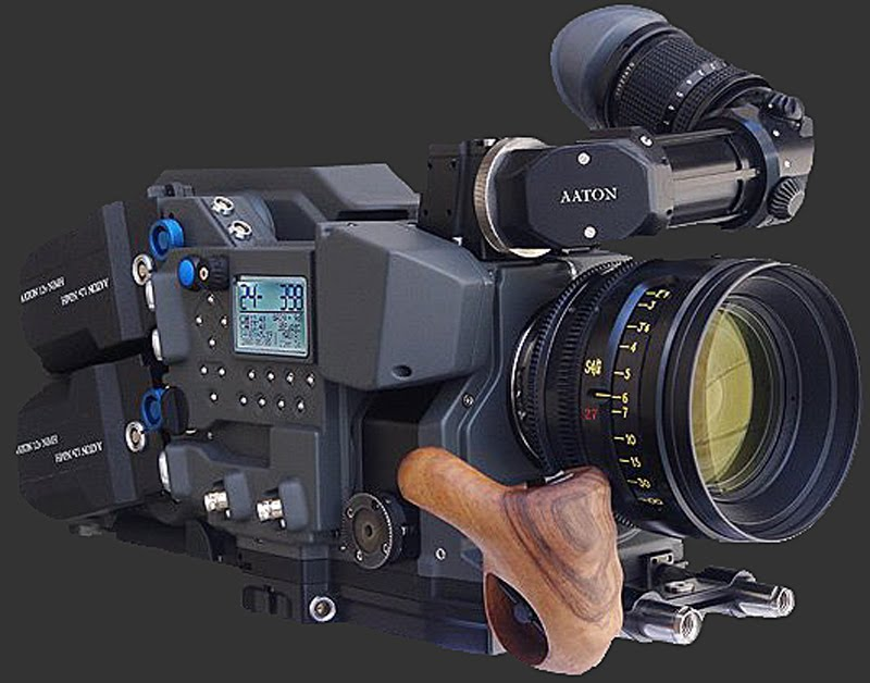 It Is An Aaton Switchable 2 3 Perf 35mm Penelope Or Delta The New Design And Digital Features Are So Integrated Into Camera Body That
