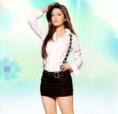 Hot & Sexy Riya Sen