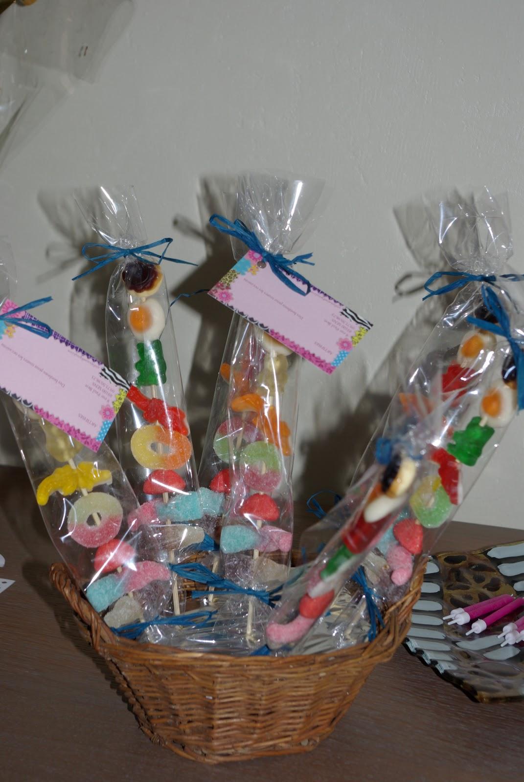 Sachet bonbons anniversaire - Fabriquer sachet bonbon anniversaire ...