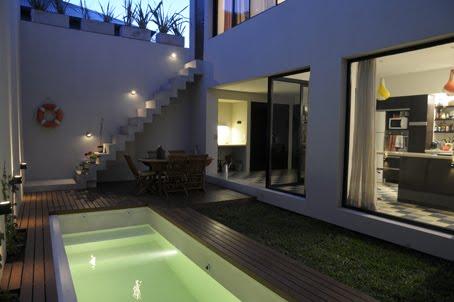 Living in designland patio interior con piscina - Casas con patio interior ...