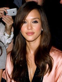 Jessica Alba Hairstyle Photo