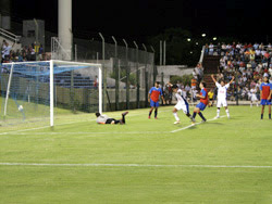 Rodrigo Torres llevó a Paysandú a las finales