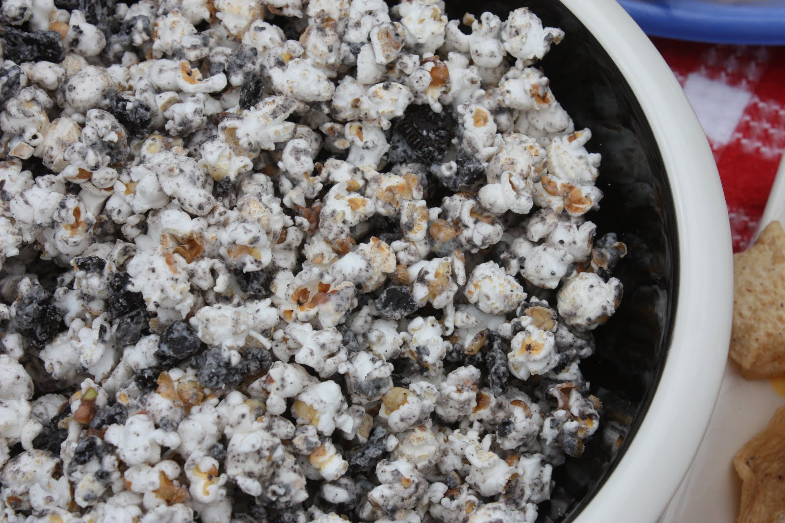 Clawson Live: Rachel's Cookies and Cream Popcorn