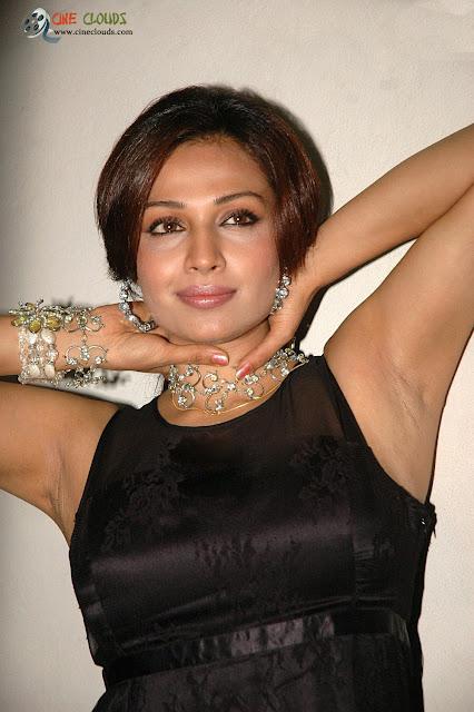 Asha Saina pics