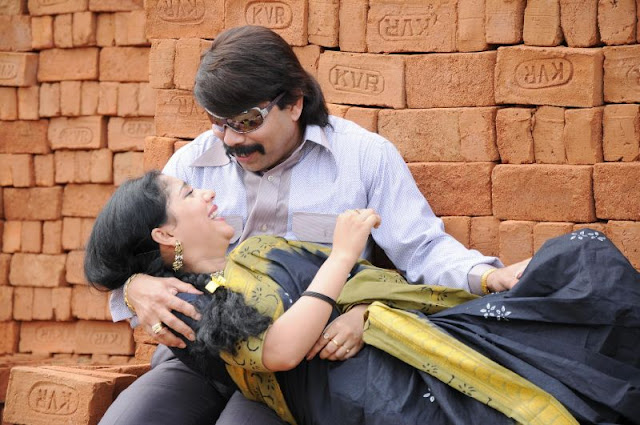 Hot and Sexy Lathika Movie Stills4
