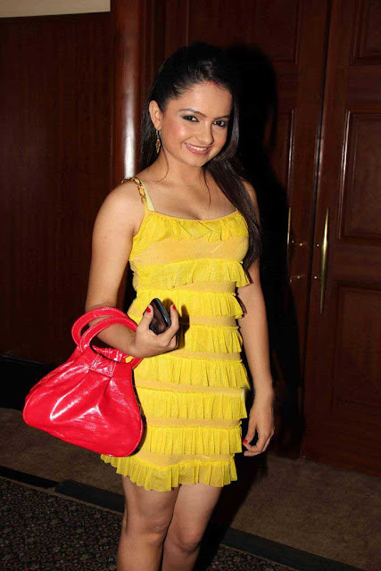 TV Actress Jiaa Manek Cute Photos unseen pics