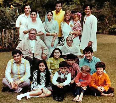 Kapoor Family Pictures