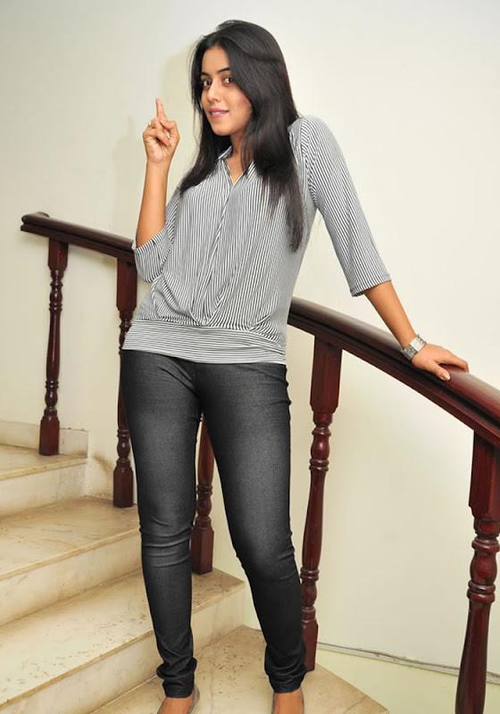 Shamna Kasim Exclusive Stills unseen pics