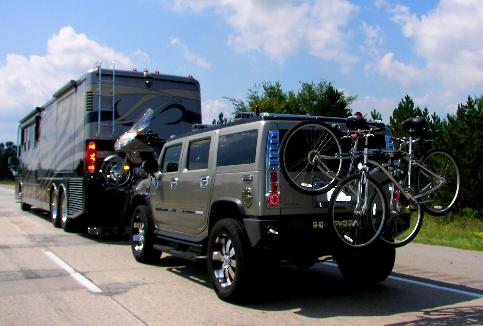 2 Person Smart Car >> historymike: RV Towing a Hummer
