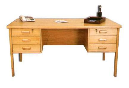 Como es el escritorio de vuestro m vil forocoches for Escritorios para salon