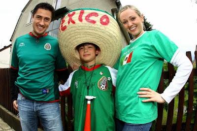 Fotos Mexico 5 Gambia 1: Chicharito y el Bofo recuperan al Tri a la victoria