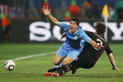 Galería de Fotos Uruguay 2 Alemania 3: Forlan y su clase casi logran un heroico empate ante los teutones