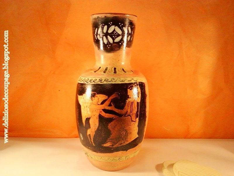 Delizioso d coupage tecnica antichizzante in stile for Decoupage su vaso di vetro