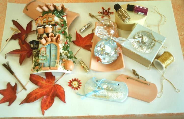 Delizioso d coupage casetta rustica su tegola e decorazioni natalizie 2 - Decorazioni decoupage ...