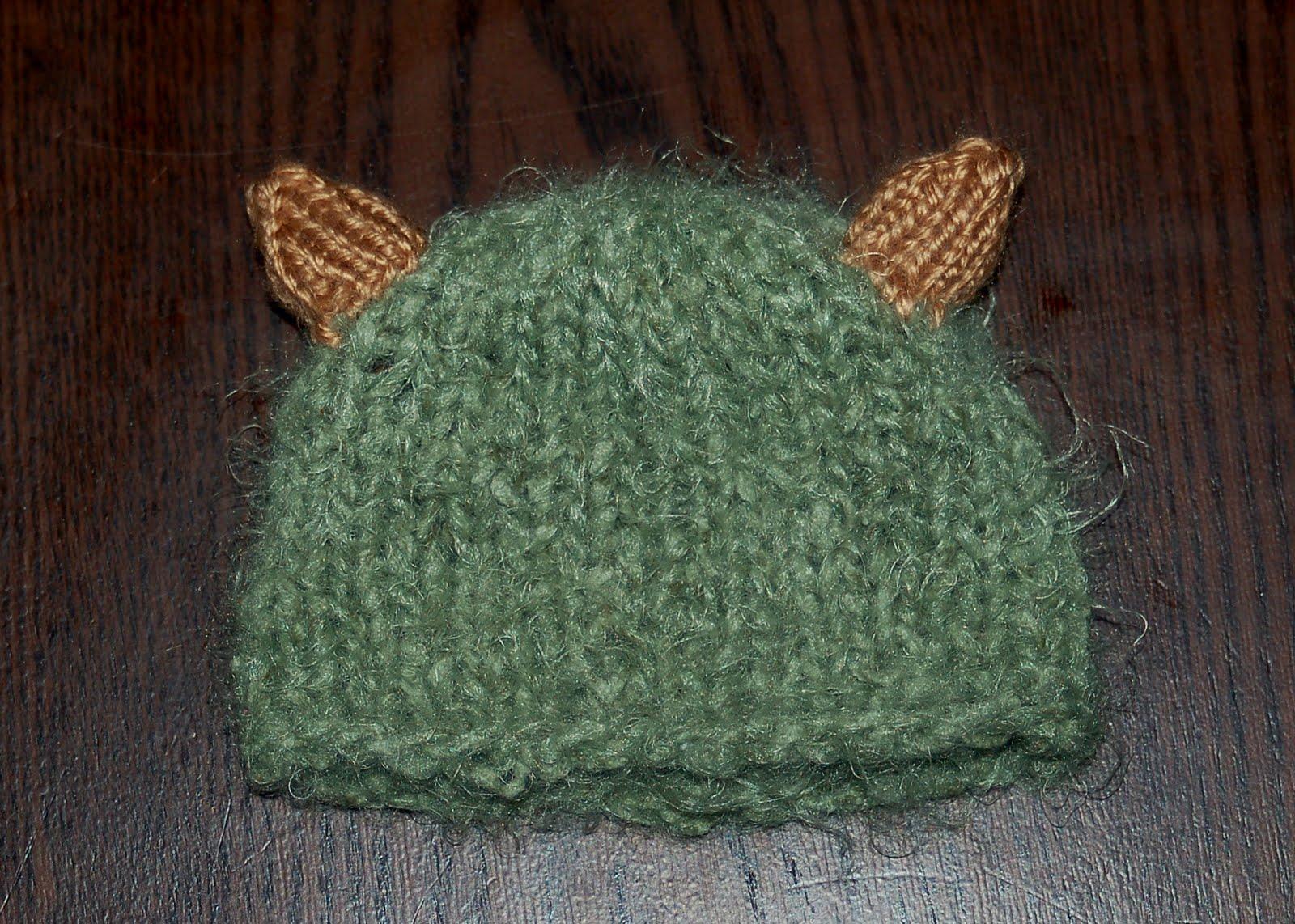 Monster Hat Knitting Pattern : amiable knitting: Little Monster Hat