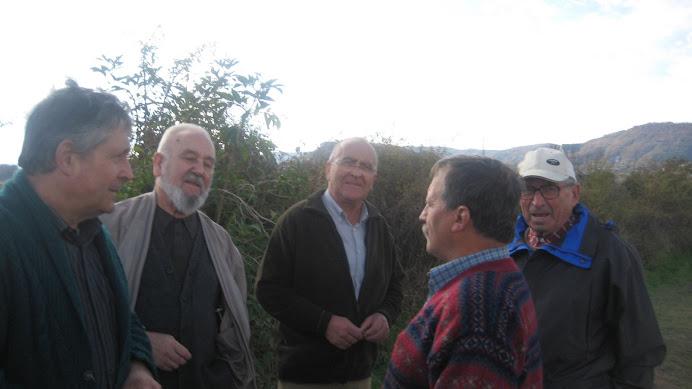 Els pagesos amb el mossèn de la parròquia