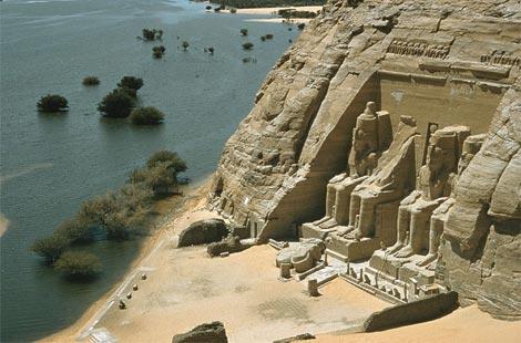 [egypt_abu-simbel-temple.jpg]