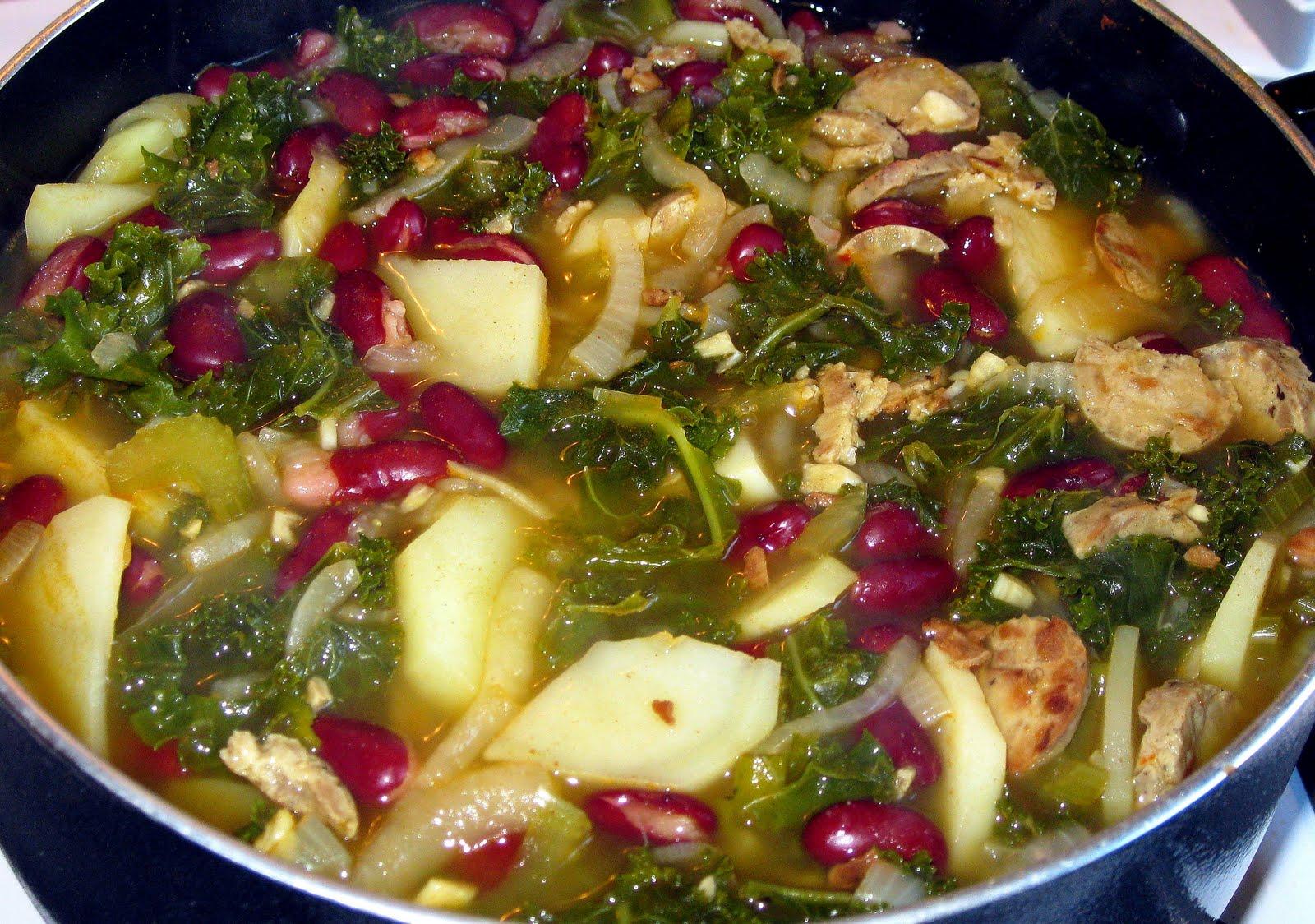Kari Cooks: Portuguese Kale Soup