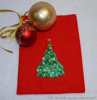 Вышивка лентами: елочка и мешочек для подарков