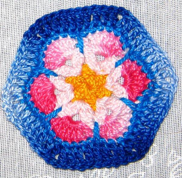 Encantador Hexágono Africano Patrón De Flores De Ganchillo Ornamento ...