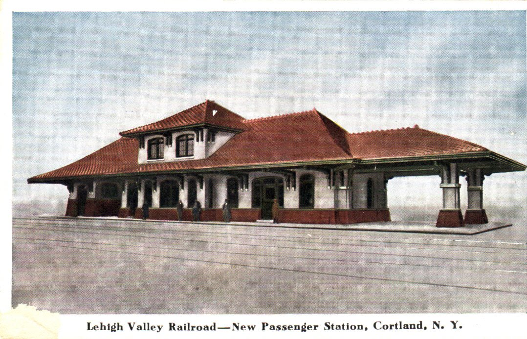 Lehigh Valley Railroad http://postcardsfrommyattic.blogspot.com/2010/07/lehigh-valley-railroad-new-passenger.html