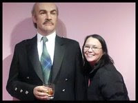 Wendy meets Sean Connery for a drink!