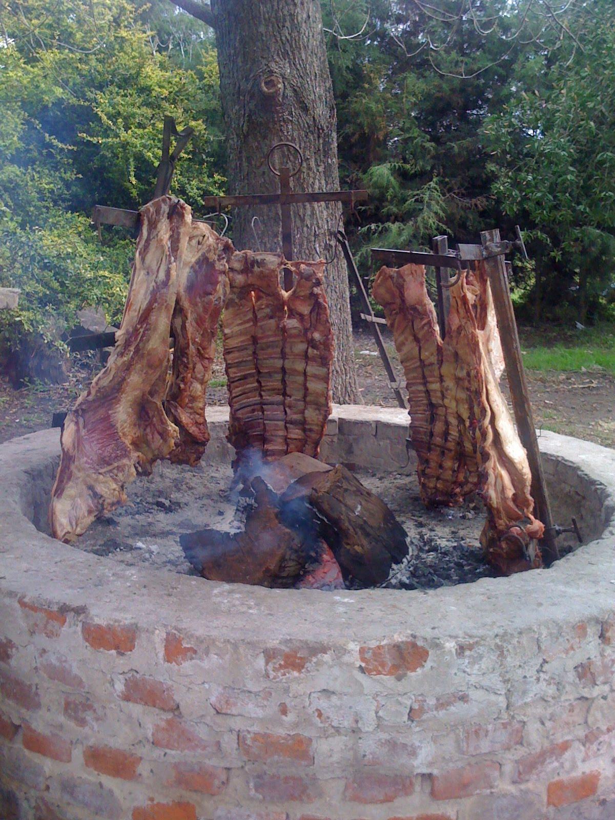 El rincon so ado asador criollo nuestra carne for Mural nuestra carne