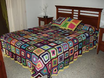 El hilo vivo colcha y cojines para cama de matrimonio - Cojines cama matrimonio ...