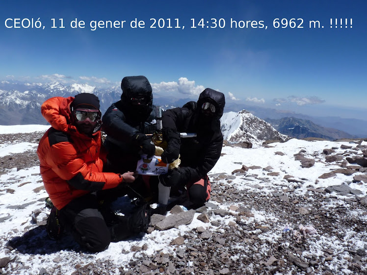 11 de gener de 2011, 14:30 hores, 6962 m.