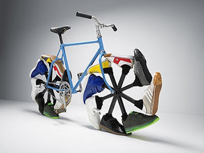 Flat Tire Shoes on Art Cars   Art Bikes   Art Vehicles   Videos  Bikes With Shoes