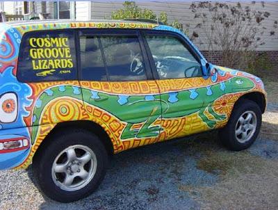 Cosmic Groove Lizard Art Car - Lizard View