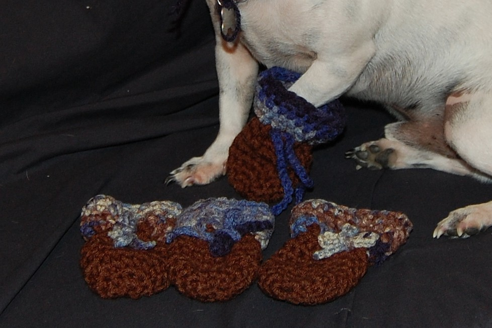 Free Crochet Pattern For Small Dog Booties : CROCHET PATTERN FOR DOG BOOTIES - Crochet Club
