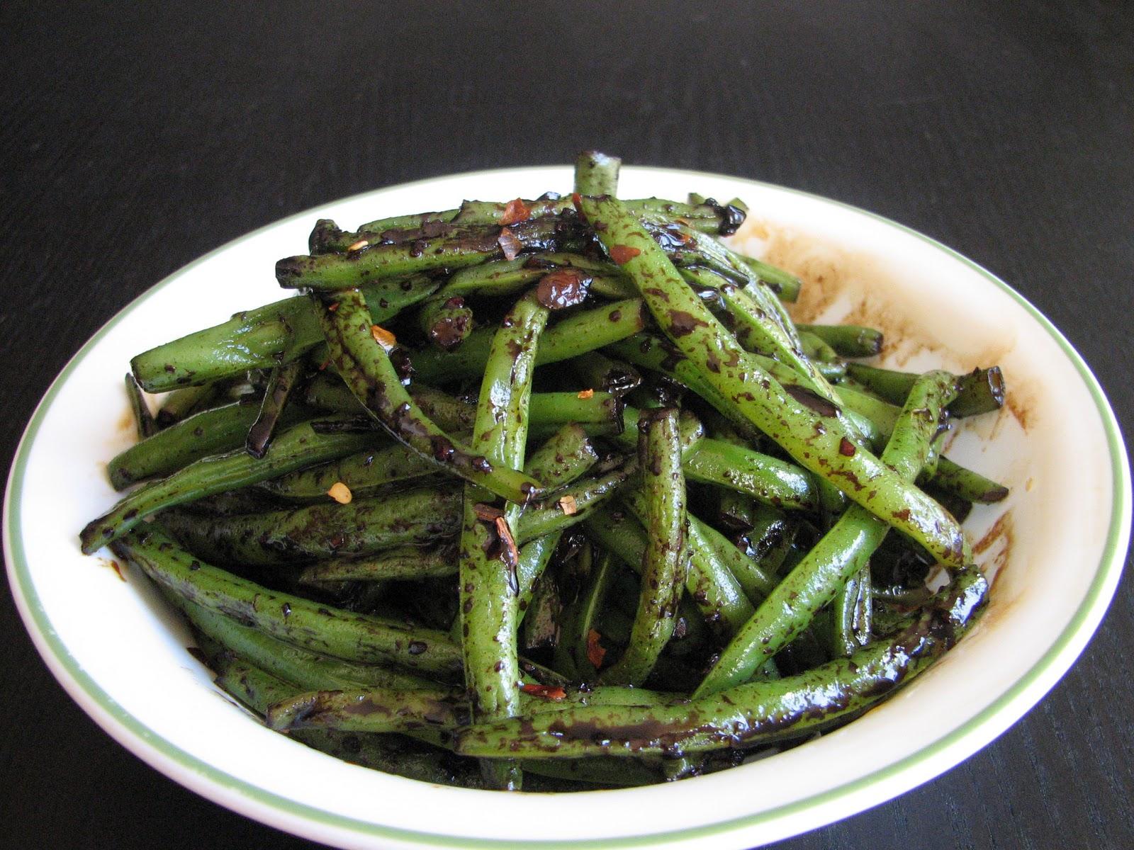 Chicken-Green Bean Yellow Chili Stir-Fry Recipes — Dishmaps