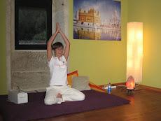 Jasbir Kaur - Narayan Yoga Kundalini
