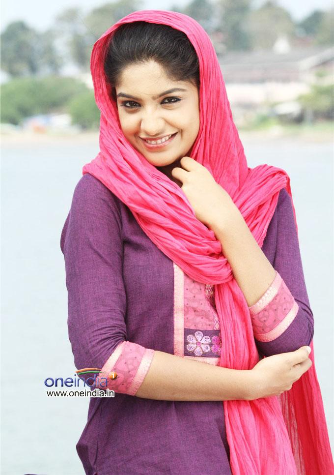 sexy actress archana kavi latest photos everyone is sexy
