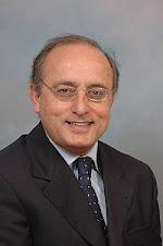 محسن سازگارا