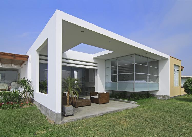 Diseno y decoracion de una casa playa en asia peru - Muebles para apartamentos de playa ...