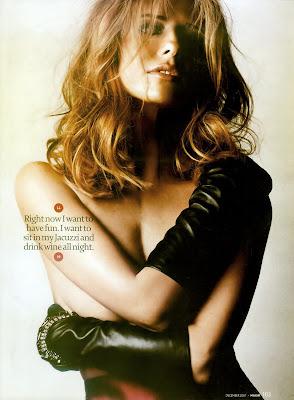Sarah Michelle Gellar in lingerie