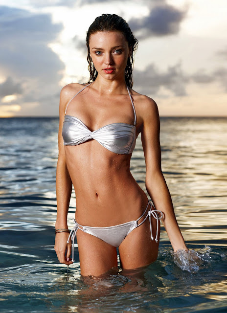 Miranda Kerr Bikini Pics are always gorgeous