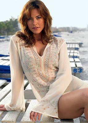 Model Fernanda Mello bikini pics